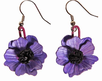 anemone violet leather pierced earrings