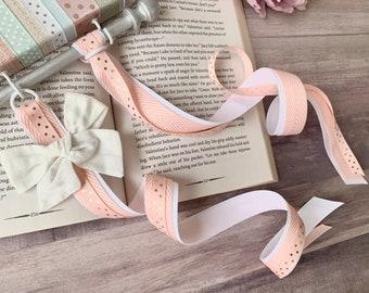 Ribbon Bow Holder