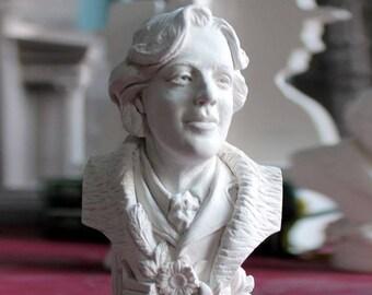 Oscar Wilde Bust
