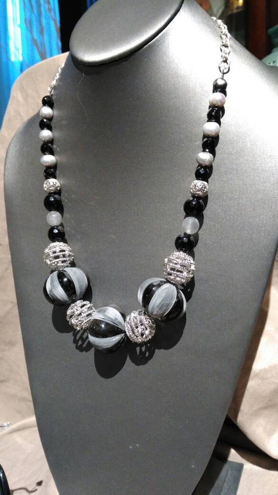 Bone Black, Gray & Silver 3 piece jewelry suite