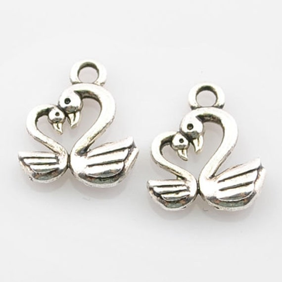 Swan Charm//Pendant Tibetan Antique Silver 17mm  10 Charms Accessory Jewellery