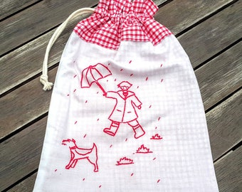 Embroidered pouch naive drawing Red