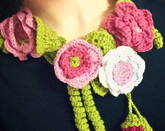 Crochet Winter Necklace Accessory With Flowers
