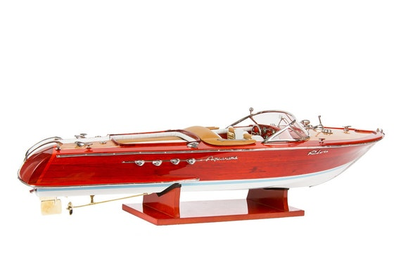HANDCRAFTED WOODEN MODEL SPEED BOAT SHIP RIVA AQUARAMA GIFT DECORATION 70cm