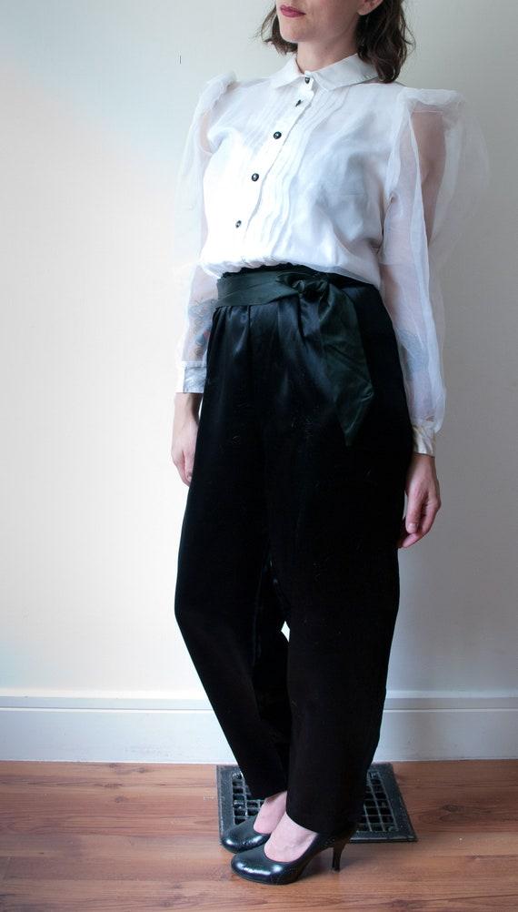 1980's White and Black Tuxedo Pant Suit / Vintage… - image 9