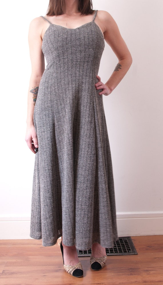 1970's Gray Knit Maxi Dress / Vintage Sleeveless M