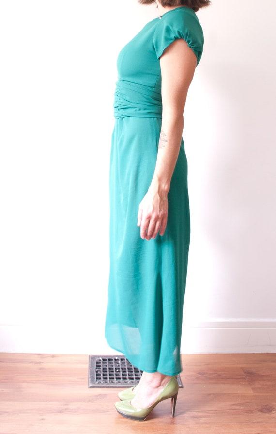 1960's Sheer Green Cocktail Dress / Vintage Short… - image 4