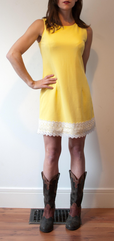 4499aa6ab06 1960's Yellow Sleeveless Mini Dress with White Lace Trim Size Small