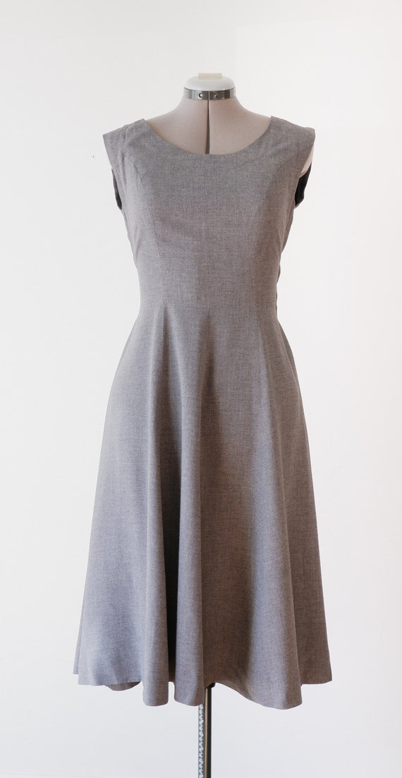 1950's Grey Wool Dress /  Vintage Fit and Flare Su