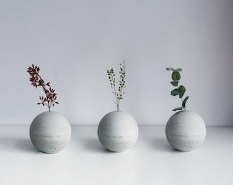 PLANET sphere concrete flower vase / paper weight / incense holder (Φ7cm)