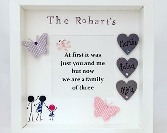 Personalised Family Frame, Gift for new baby, Gift for new parents, gift for newborn, family frame, family tree, hearts, our family, family