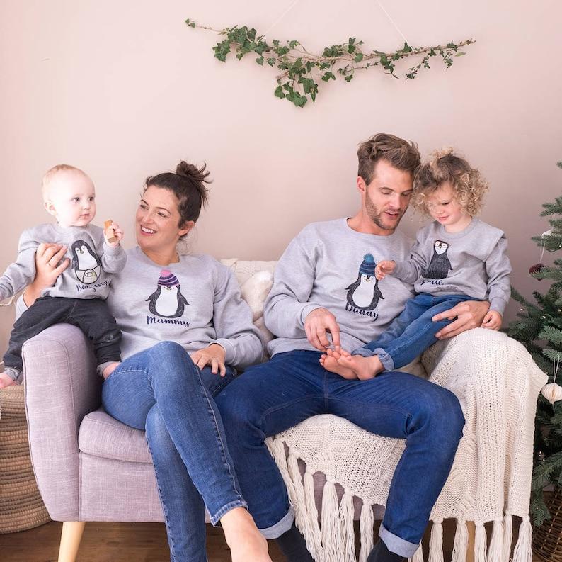 Ensemble de sweats pour famille pingouin - Créatrice ETSY : SparksAndDaughters