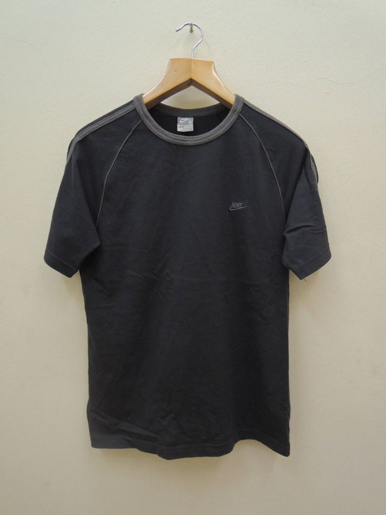 7e9c3b83a7b06 Vintage Nike Swoosh Minimalist Logo Swag Streetwear Sport Top & Tee T Shirt  Size L