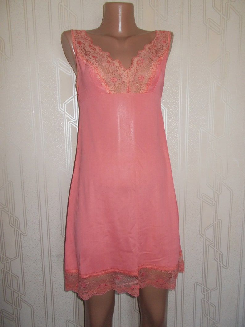 42df812f1df3a Soviet -Time Vintage Negligee Slip with Lace Ladies Pink Peach Strawberry  Large Size Lingerie Shirt Night Dress t-shirt pijama Russian USSR