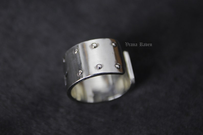 Hand raven riveted band ring crow bird brutal goth gothic industrial