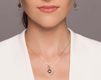 Labradorite necklace, labradorite pendant, labradorite gold necklace, labradorite halo necklace, labradorite silver necklace, dainty gold