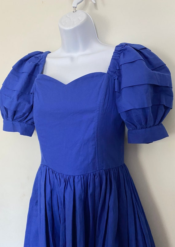 Vintage Laura Ashley cornflower blue day dress siz