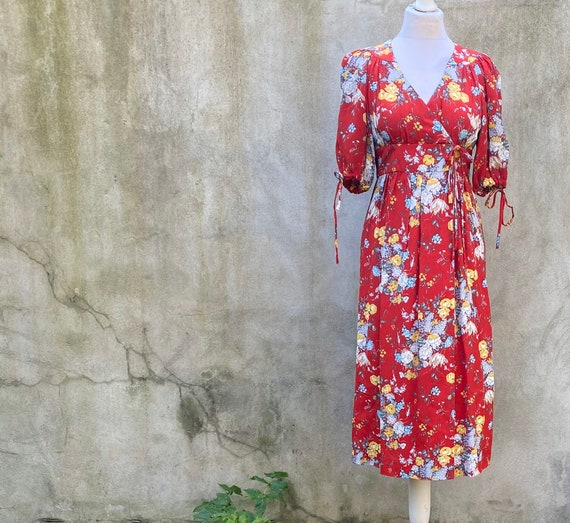 Vintage Wallis floral tea dress size Xs