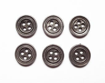 6 buttons round silver acrylic 15 mm