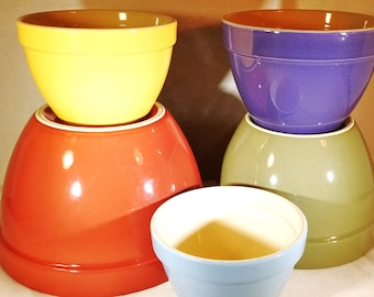 """Crate & Barrel Addison Nesting Mixing Bowls Set ~ 5 Different Colors ~ sizes 5.5"""" to 9.75"""" ~ discontinued ~ kitchen and dining use and decor"""