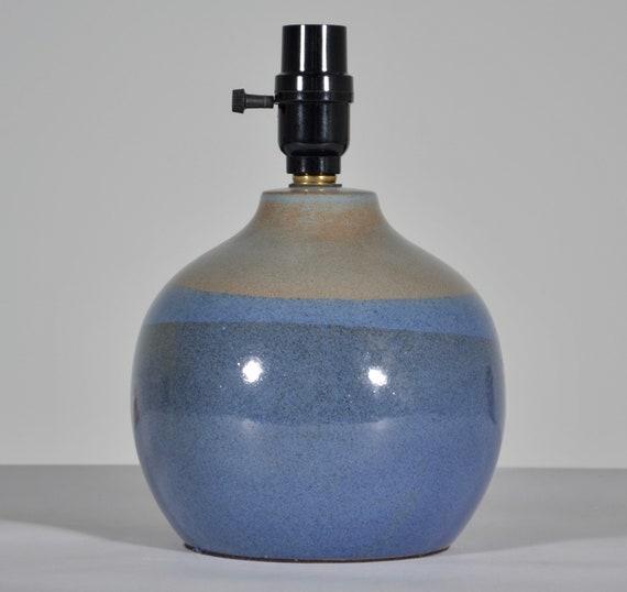 Mid Century Studio Art Pottery with tan glaze and red fleck Vintage Jane /& Gordon Martz Table Lamp for Marshall Studios