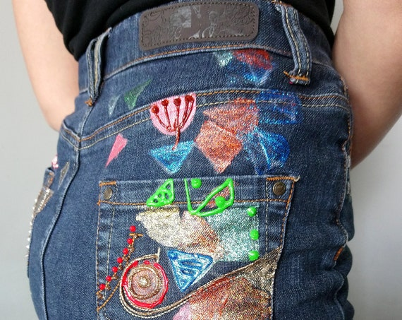 "Hand-painted ""Diams"" denim skirt"