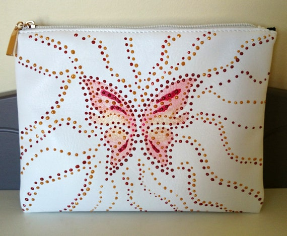"White vinyl ""Butterfly"" clutch"