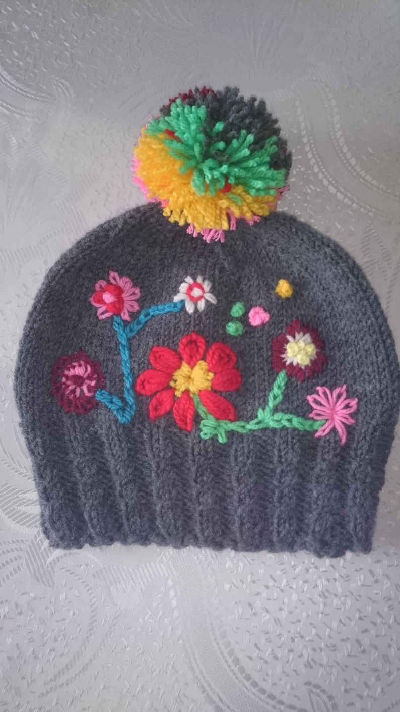 29b3e14e399 Women s Hats Embroidered hat Winter knit hats Knitted