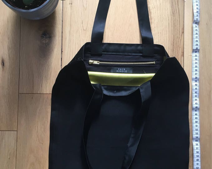 Black and green duchess satin Tote bag with zip compartment