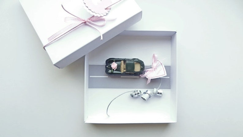 Wedding Gift Money Gift packaging for wedding: Car train image 0