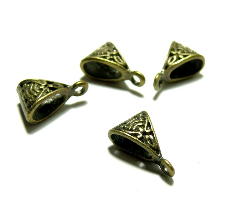 Set of 25 bails Triangle worked colored metal pendants Bronze S1130156