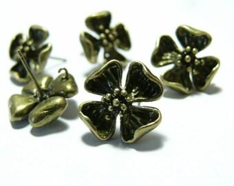 1 pair of earring bronze chip flowers