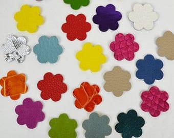 Blümchen 10 Set/Leder Blümchen/Leder Blumen/DIY Projekte/Applikationen/Baby Mobiles/Girlanden/Windspiele/Mixmedia/Karten