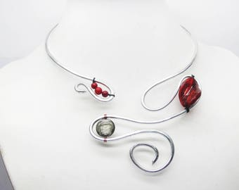 Necklace asymmetrical aluminum hammered anvil arabesque and red beads, aluminum Arabesque necklace necklace, gift for her