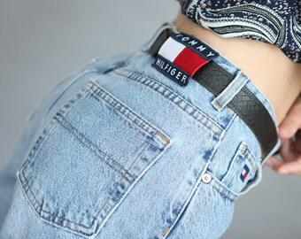 90fb060a Vintage 90's Tommy Hilfiger High Waist mom Jeans Light Blue