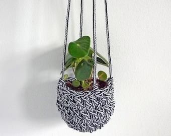 small hanging planter, minimal plant hanger, monochrome homewares, eco rope planter, houseplant hanging planter, small houseplants,