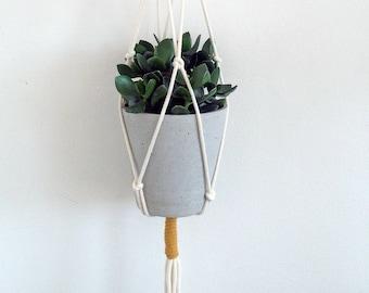 simple hanging planter, natural macrame hanging planter, colour block design, natural rope planter, houseplant hanger, indoor eco planter