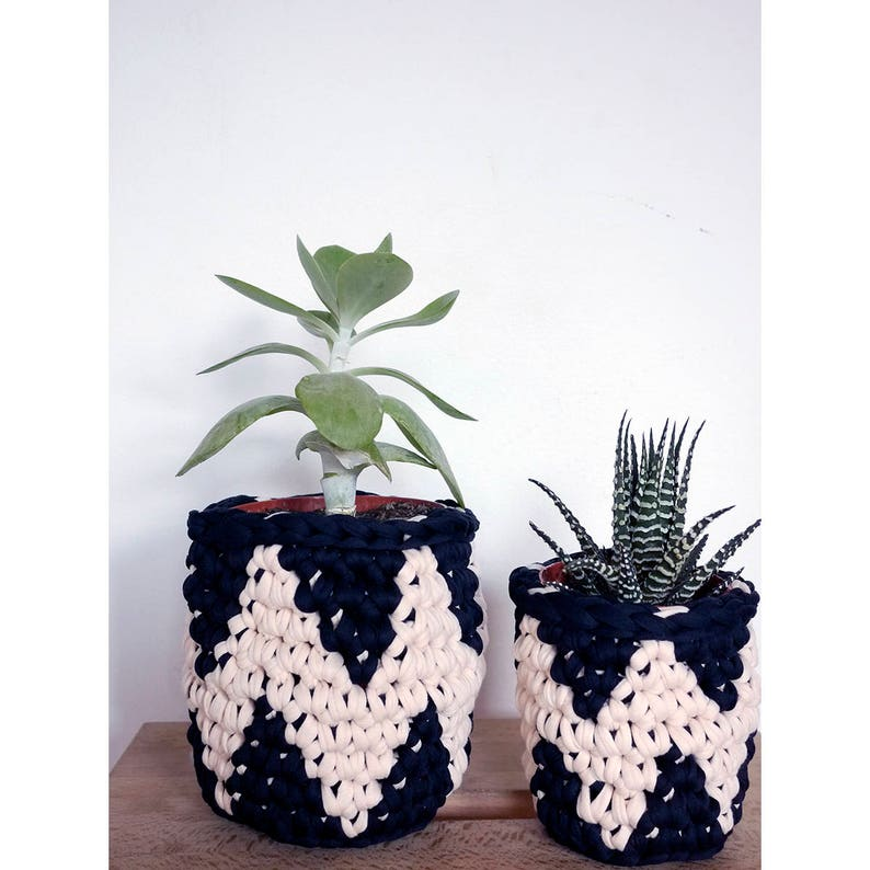 Crocheted plant pot covers houseplant pots zig zag design image 0
