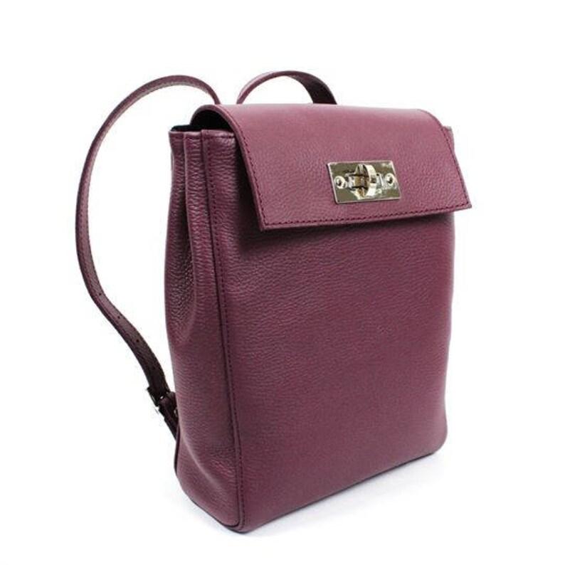 a0c8b4ff08ec5 Mały plecak plecak damska skórzany plecak torebka plecak   Etsy