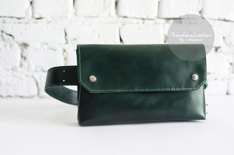 232294afbb2 GEPERSONALISEERDE gift Fanny pack vrouwen taille leerzak Belt | Etsy