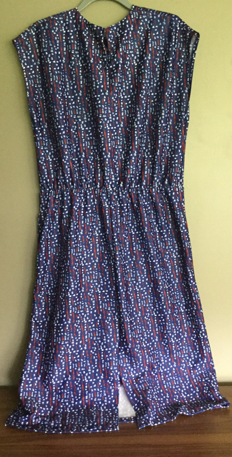 Vintage PLUS SIZE Red, White & Blue Dress with Pockets and Cap Sleeves -  Patriotic or Nautical