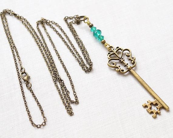 Old Key Necklace Skeleton Key Necklace Wire Wrapped Labradorite Necklace