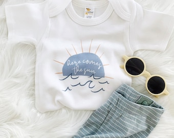 Here Comes The Sun, Neutral baby outfit, New Baby Gift, Neutral, Sunshine baby romper, Nautical, baby boy gift, Sun romper