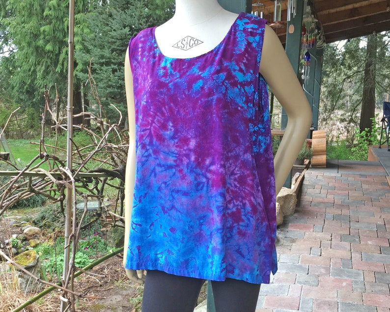 Tie Dye Rayon Tank  L/XL  Blues & Purples Diagonal Scrunch image 0