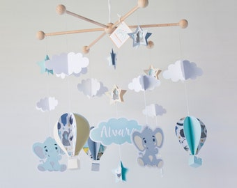 Custom Elephant baby mobile, hot air balloon mobile, mint balloon mobile, elephant nursery, babyshower gift, baby mobile, pregnant gift