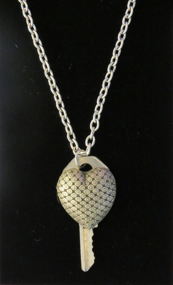 c2520955cb0 Steampunk Chunky Chainmail Style Heart Altered Key Necklace