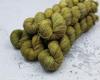 Kessel - Hand Dyed Variegated Sock Yarn - Superwash Merino Nylon - 4 Ply Fingering Weight - Green - Yellow