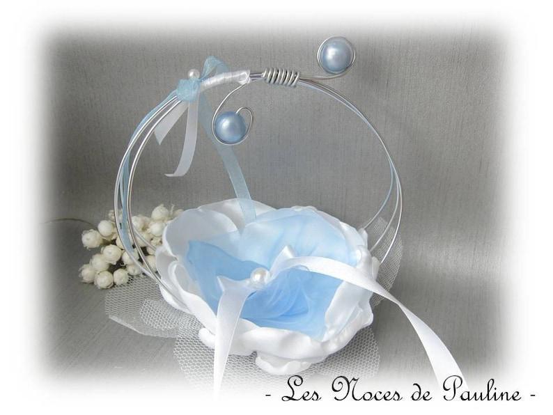 white and blue sky Scrolls wedding rings Holder