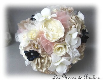 Bouquet de mariée ivoire, rose poudré et marine Eternel