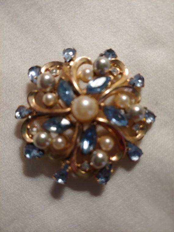 Vintage brooch/pin, vintagebrooch, vintage pin - image 2